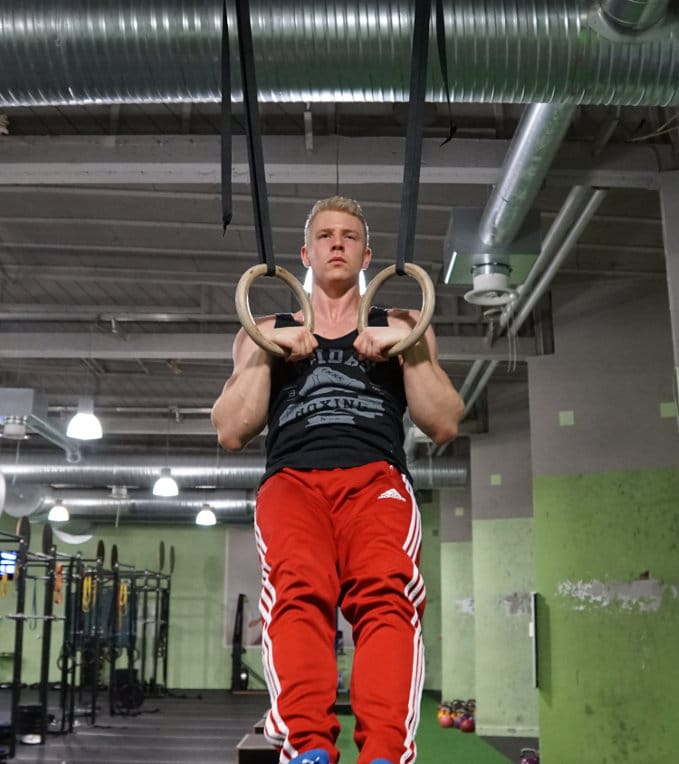 false-grip pull ups for muscle ups
