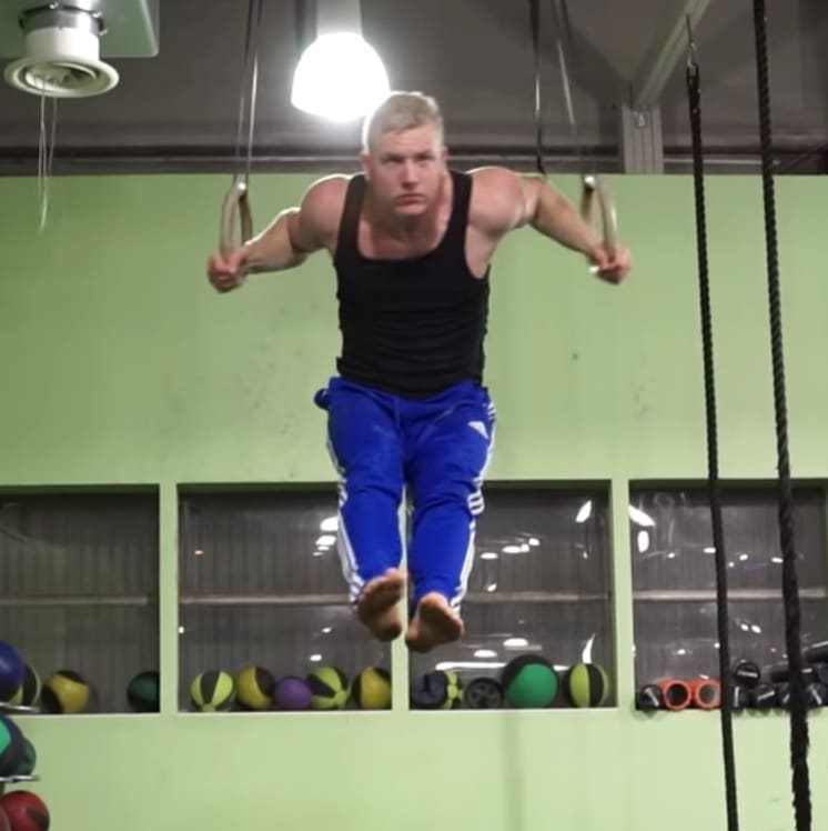 wide muscle up