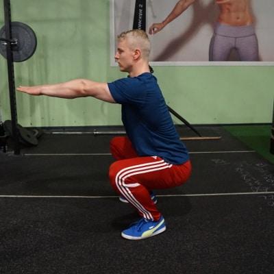 bodyweight beginner squat