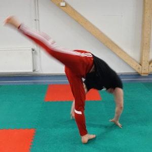 how to do compasso capoeira