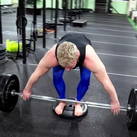 Snatch grip deadlifts mobility