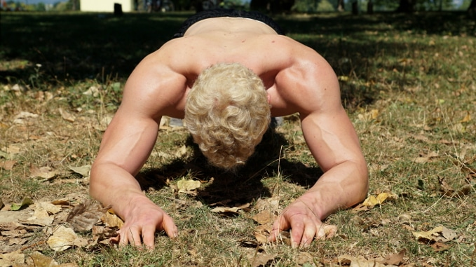 diamond push ups for triceps