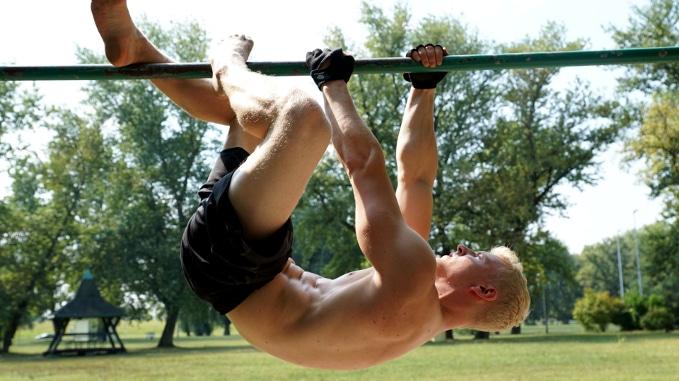 sloth movement exercise
