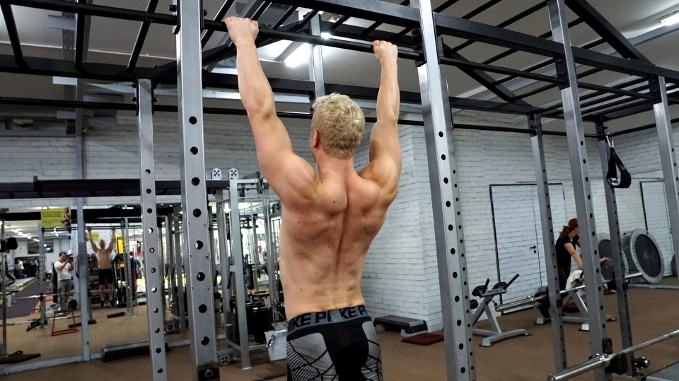 hanging bar shrugs scapula circles
