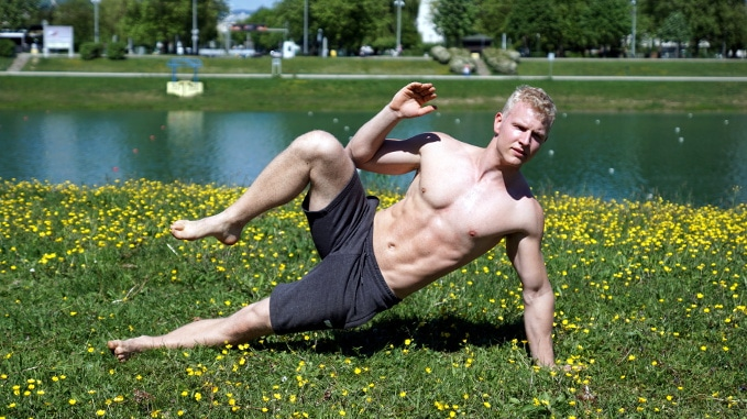 side yoga crunch