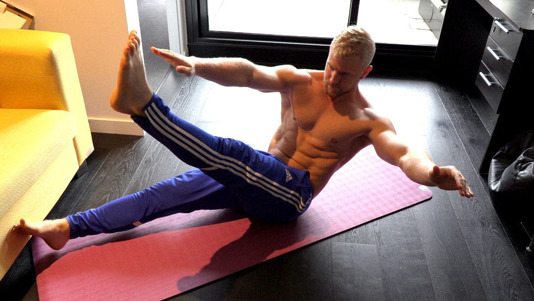 cross arm crunch for v-cut abs
