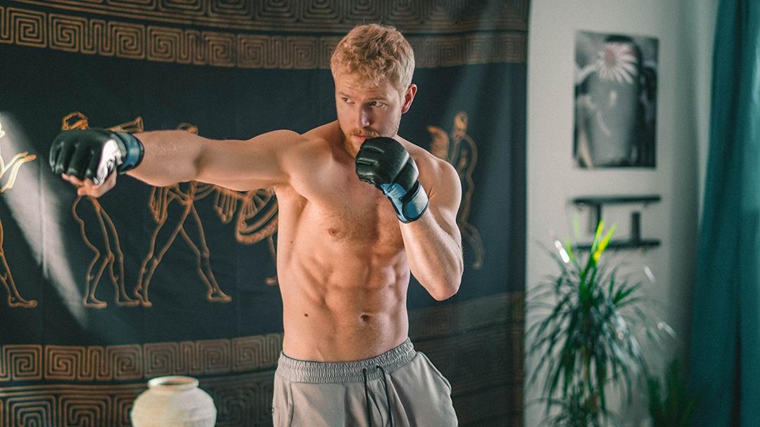 MMA vahva fitness background