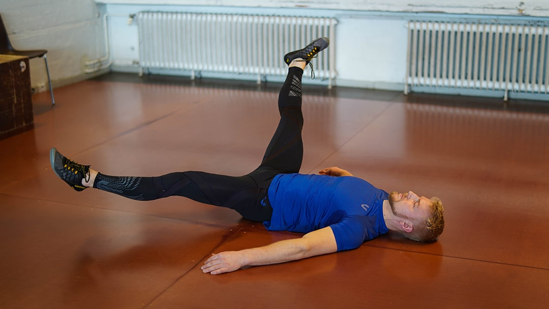 alternating leg circles athlete20xx athletic mobility drill